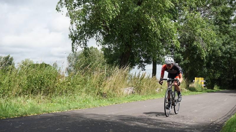 Marike Veldhuis in actie tijdens de tijdrit in juli op het parcours van Ulysses in Amsterdam-Noord tijdens de 3e tijdrit in de Cycle Capital Time Trial Challenge voor TEAM NH.