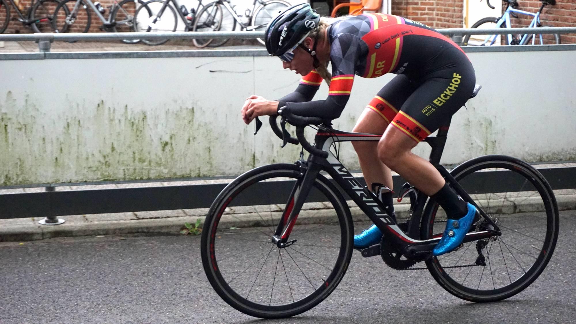 Michelle de Graaf zette eveneens een fraaie tijd neer waarmee zij een plek in de Top 5 van de Cycle Capital Time Trial Challenge wist te bemachtigen.
